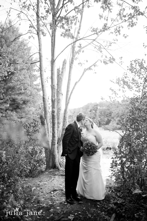 Romantic Wedding Photography by Connecticut Wedding Photographer Julia Jane Studios